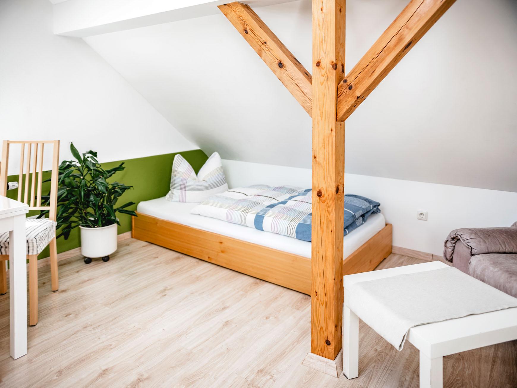 Ferienwohnung - Mehrbettzimmer Einzelbett